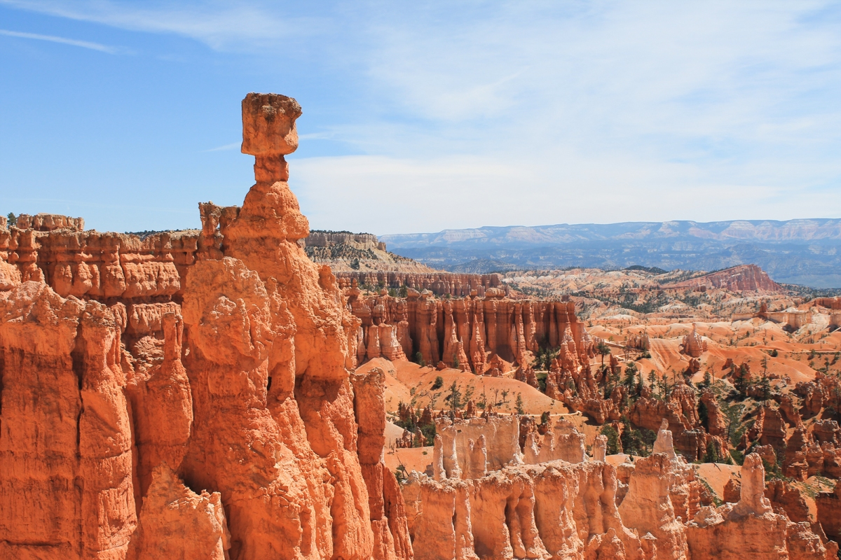 Explore The Hoodoos At Bryce Canyon National Park The